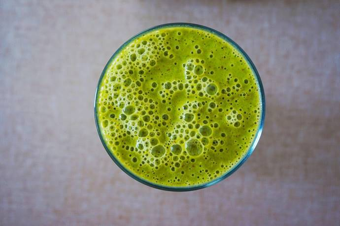 green smoothie v juicing for psoriasis