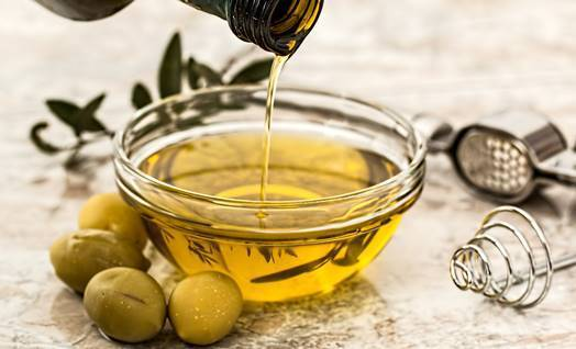 Does Olive Oil For Psoriasis (Including Scalp Psoriasis) Work?